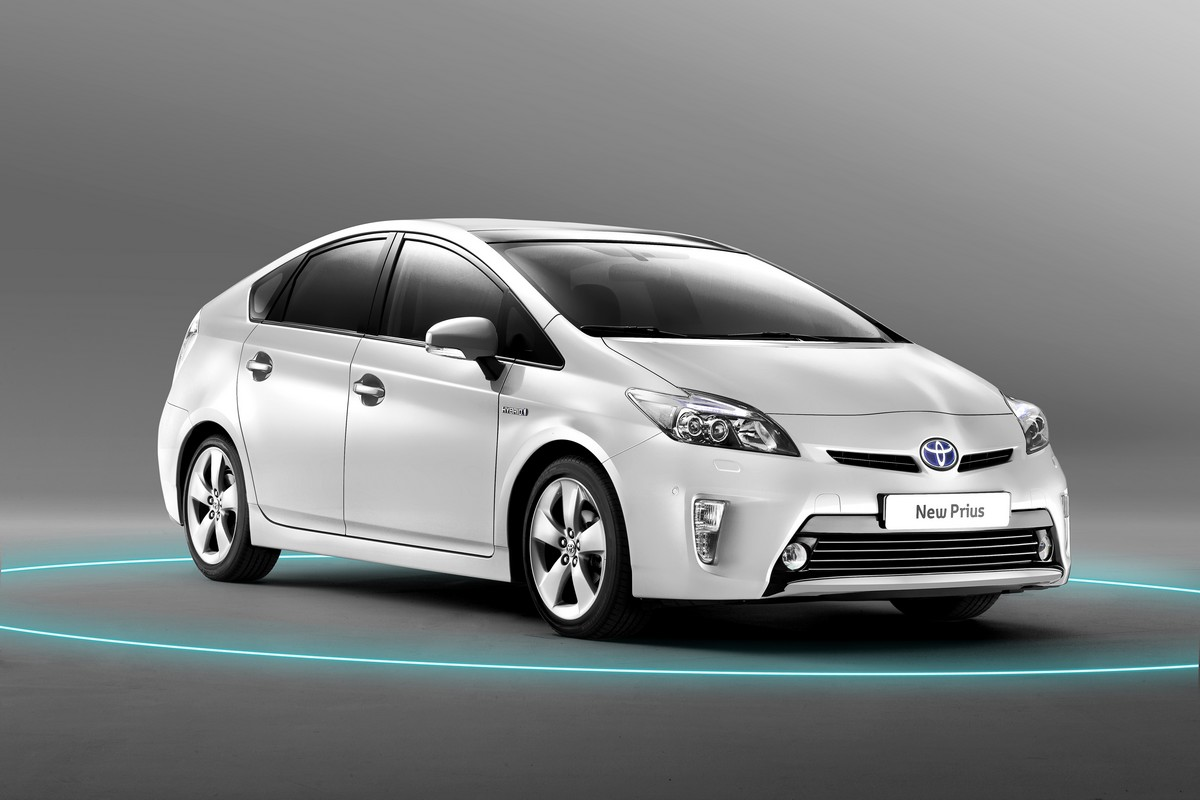 toyota prius iii galerie photos. Black Bedroom Furniture Sets. Home Design Ideas