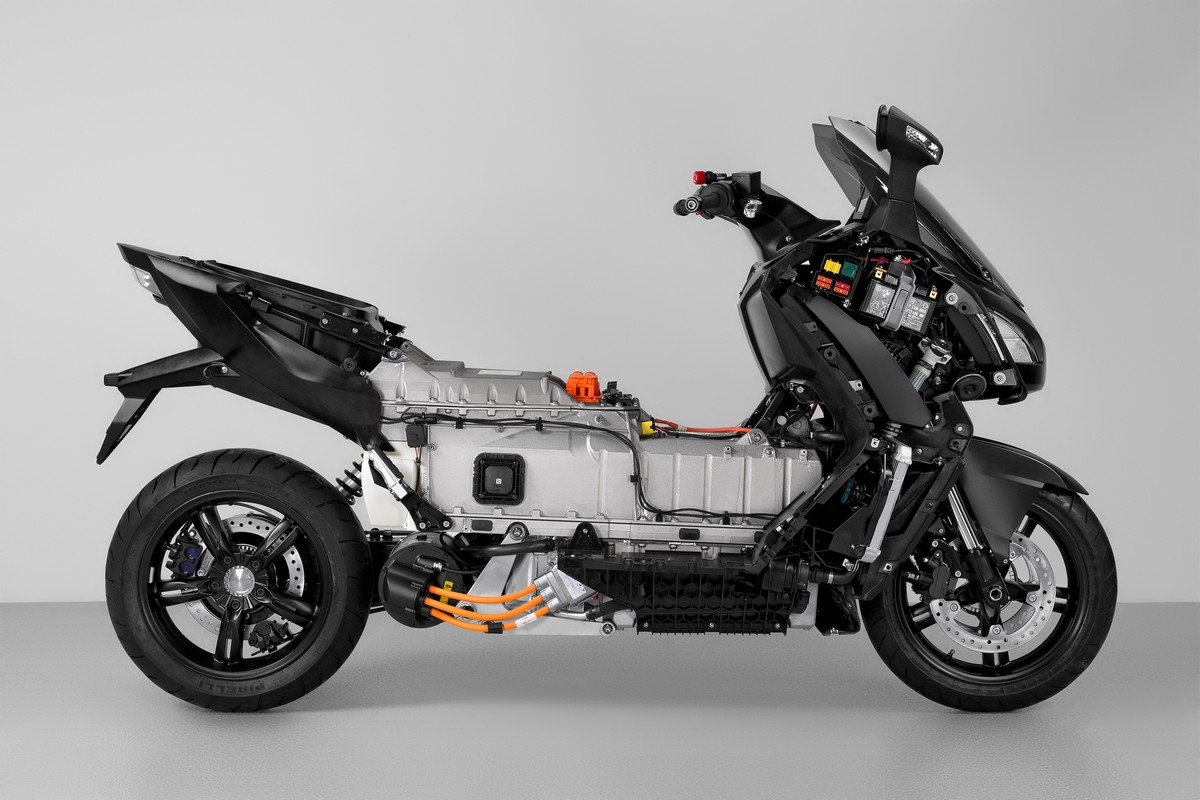 scooter lectrique bmw c evolution. Black Bedroom Furniture Sets. Home Design Ideas