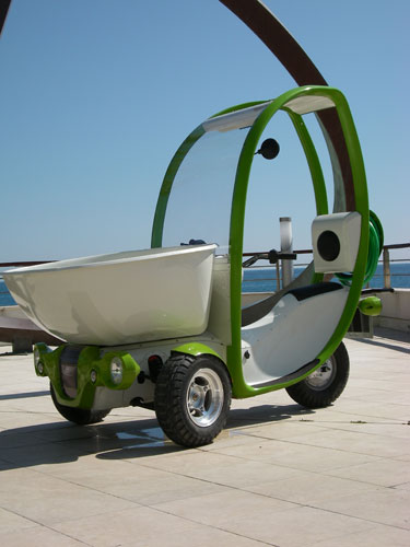 eco mobilit pr sente le p lican petit v hicule. Black Bedroom Furniture Sets. Home Design Ideas