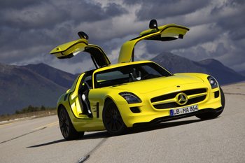 Détroit 2011 - Mercedes confirme la mise en production de la SLS AMG E-Cell - Photo 1