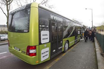 angers exp rimente le bus hybride de man. Black Bedroom Furniture Sets. Home Design Ideas