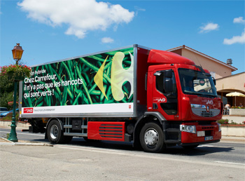 carrefour teste le camion hybride de renault trucks. Black Bedroom Furniture Sets. Home Design Ideas