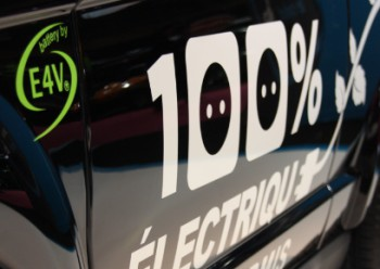 Les batteries lithium-ion E4V au Mondial de l�Automobile - Photo 1