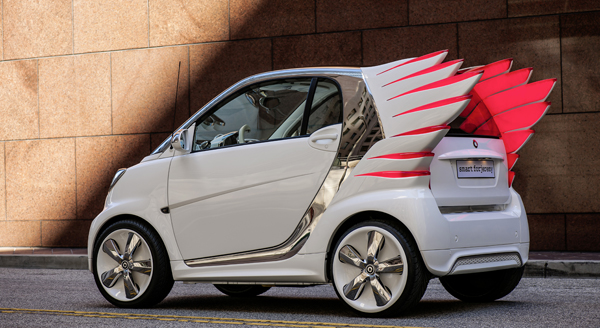 Voiture électrique - Jeremy Scott donne des ailes à Smart ! - Photo 2