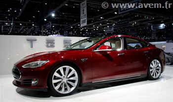 atlhon car lease proposera la tesla model s en location longue dur e. Black Bedroom Furniture Sets. Home Design Ideas