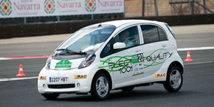 La Mitsubishi i-MiEV remporte la Coupe des Energies Alternatives de la FIA - Photo 1