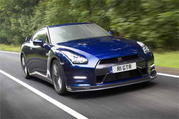 nissan gt r une version hybride en 2017. Black Bedroom Furniture Sets. Home Design Ideas