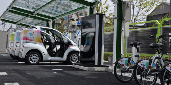toyota hamo 01 Toyota inaugure une station d'autopartage associant vélos et voitures électriques