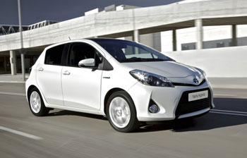 40 toyota yaris hybrides pour le conseil g n ral du nord. Black Bedroom Furniture Sets. Home Design Ideas