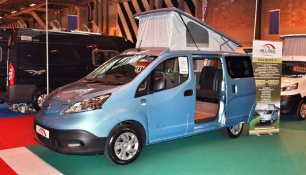 amenagement nissan nv200 camping car cp72 jornalagora. Black Bedroom Furniture Sets. Home Design Ideas