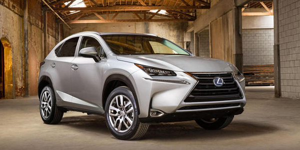 lexus nx 300h le crossover hybride arrive l automne 2014. Black Bedroom Furniture Sets. Home Design Ideas