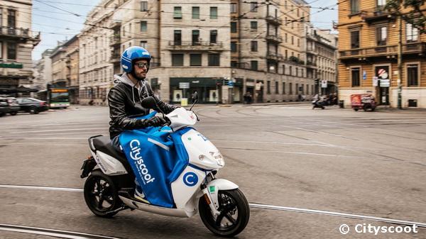 cityscoot lance ses scooters lectriques en libre service milan. Black Bedroom Furniture Sets. Home Design Ideas