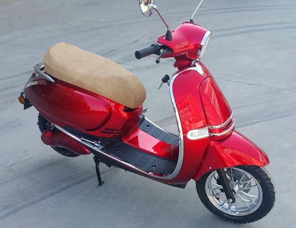 moto lectrique faucon moto faucon moto e3. Black Bedroom Furniture Sets. Home Design Ideas