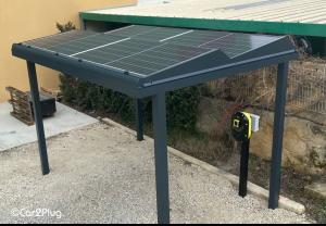borne de recharge photovoltaique car2plug -avem